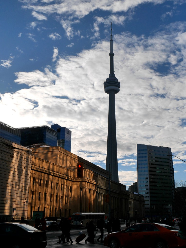 cn_tower_silhuette