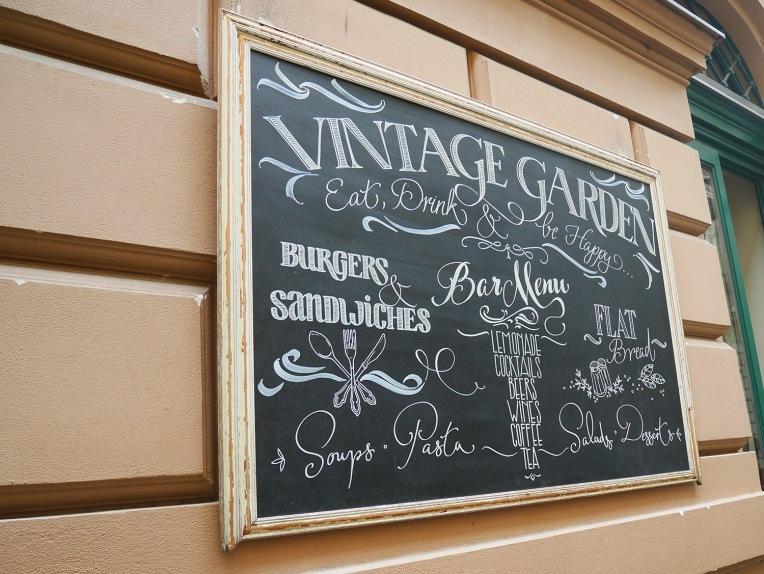 vintage_garden